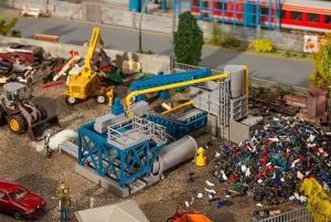 Модель оборудования для сортировки мусора.Пр-во FALLER.Арт.130186.Масштаб НО (1:87).