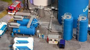 Модель емкостей для заправки и распределения топлива ARAL.Пр-во FALLER.Арт.130486.Масштаб НО (1:87).