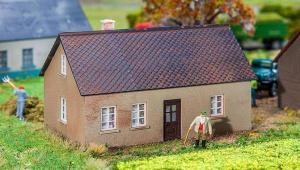 Модель жилого дома Kate Vlieland.Пр-во FALLER.Арт.130602.Масштаб НО (1:87).