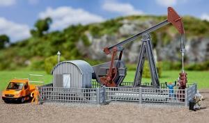 Модель насоса для добычи и подьема нефти.Пр-во FALLER.Арт.131203.Масштаб НО (1:87).
