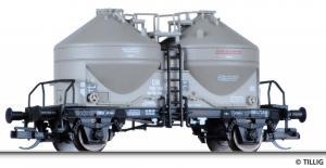 Акция!!!Модель 2-х осного силосного вагона с тормозной площадкой.Пр-во TILLIG.Арт.17731.Масштаб ТТ (1:120).
