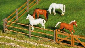 Модель комплекта забора ограждения для животных длиной 876мм (87,6см).Пр-во FALLER.Арт.180430.Масштаб НО (1:87).