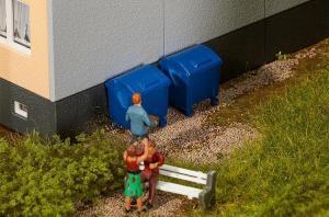 Модель 2-х голубых пластиковых контейнеров для мусора.Пр-во FALLER.Арт.180914.Масштаб НО (1:87).
